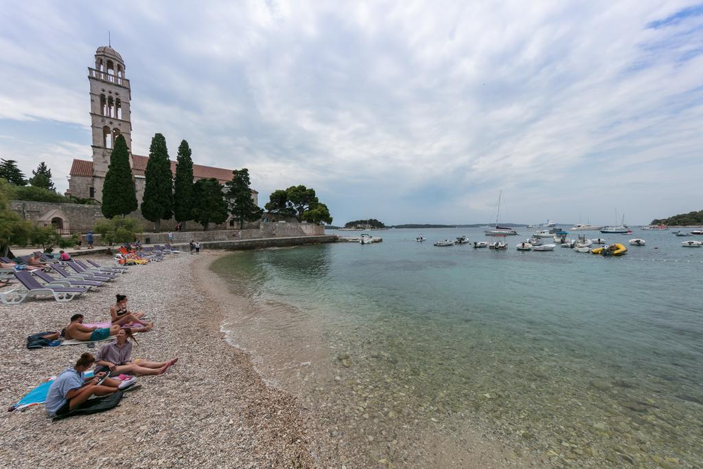 Summer holidays Hvar Croatia 00006